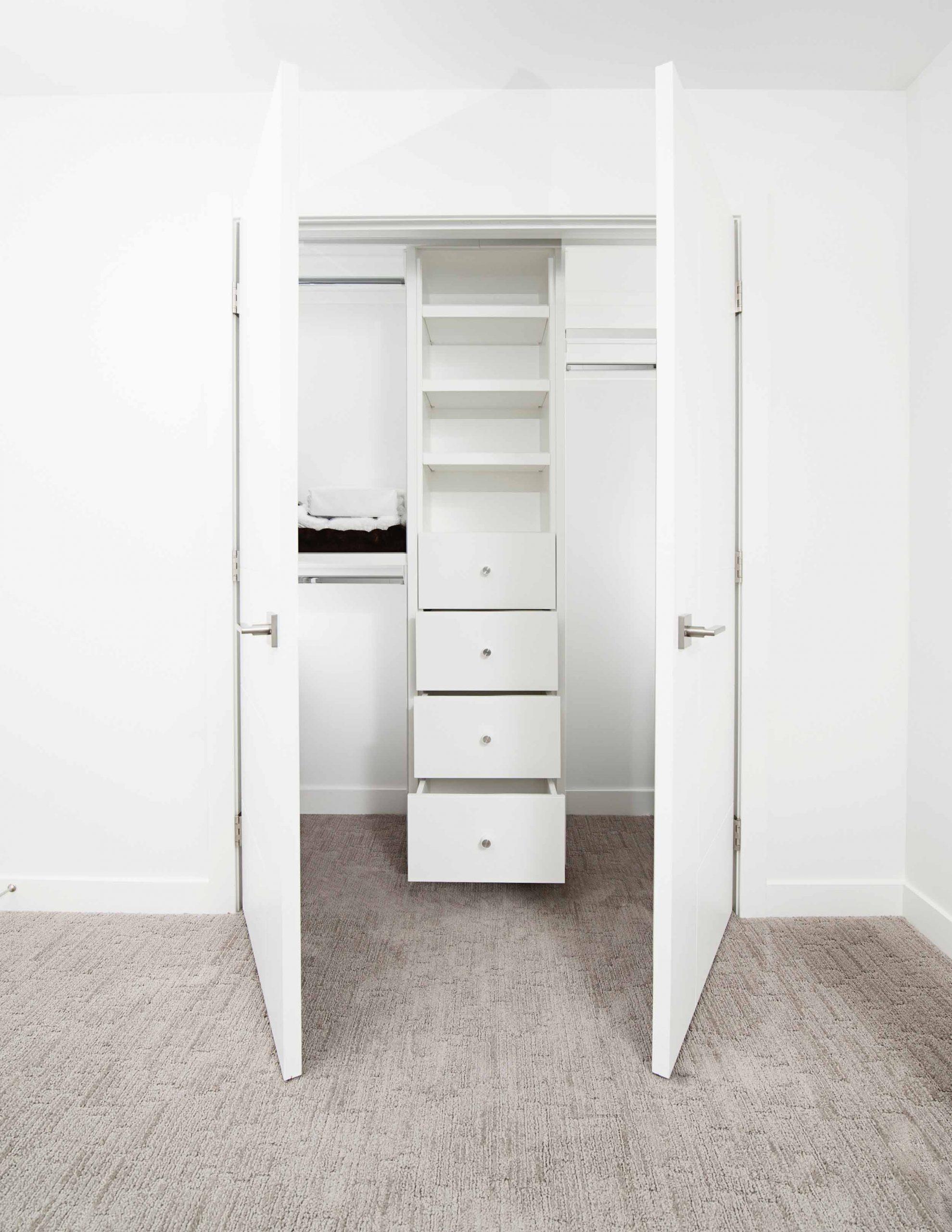South London Carpenters - Bespoke Wardrobe